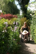 wheelchair;woman;female;deborah-davis;france;paris;europe;disabled;disability;access;accessible-tourism;inclusive-tourism;europe;Monets-Garden