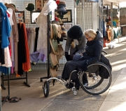wheelchair;disability;disabled;woman;travel;accessible;accessibility;melbourne;australia;victoria;morningtom-peninsula;art;market;craft;St-Kilda