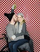 Loving-couple-in-the-Christmas-spirit